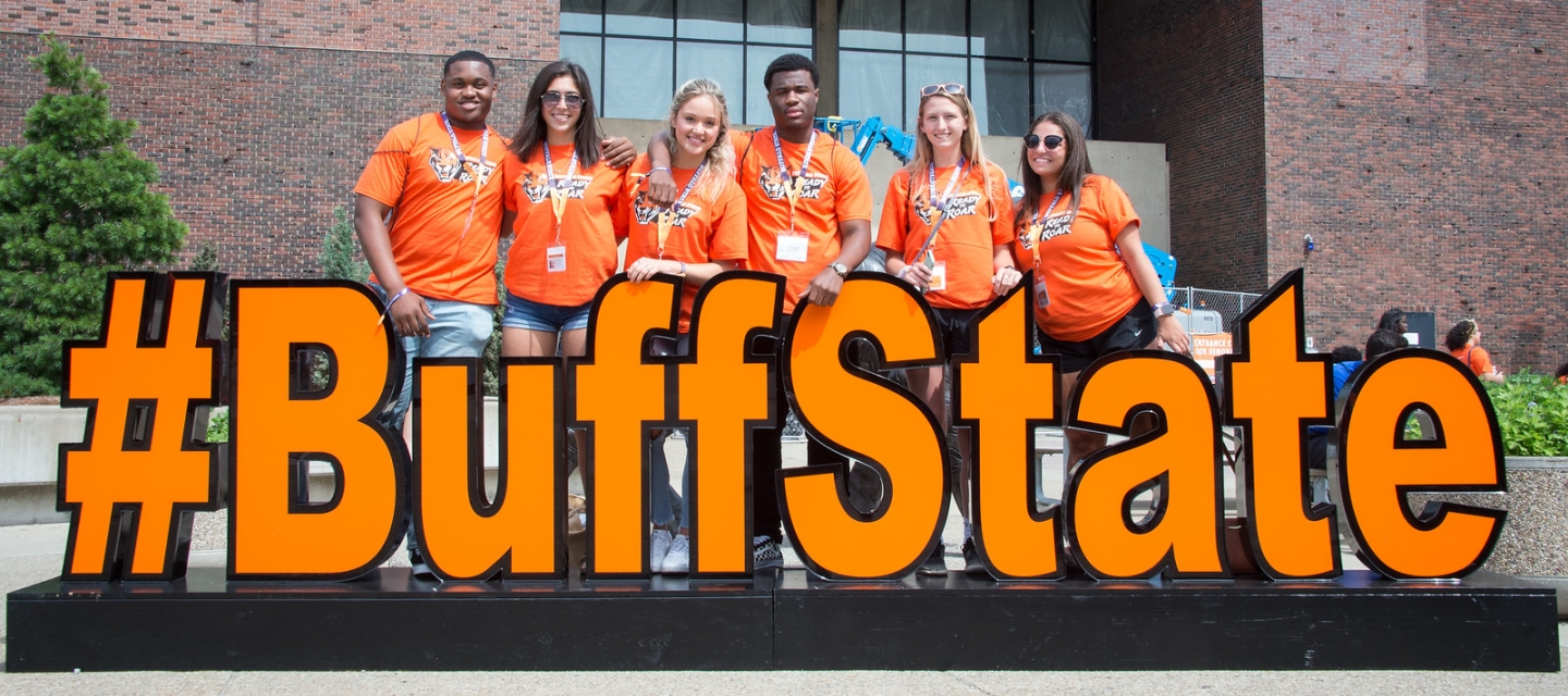 Students with BuffState sign